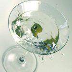 Рецепт коктейля «Идеальный Мартини» (Perfect Martini)