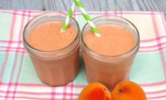 Коктейль молочно-абрикосовый