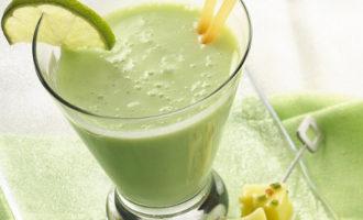 Коктейль «зеленый огурчик»